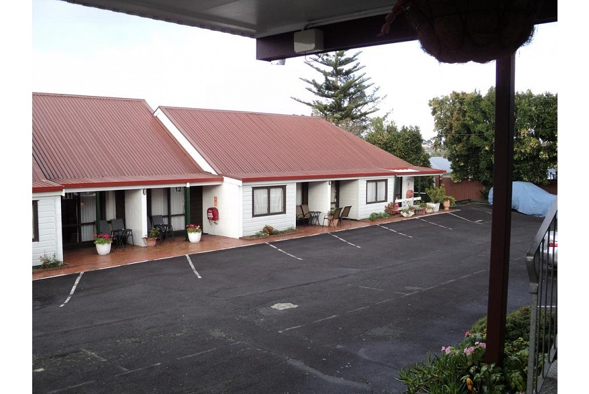 New Haven Motel - Property Photo