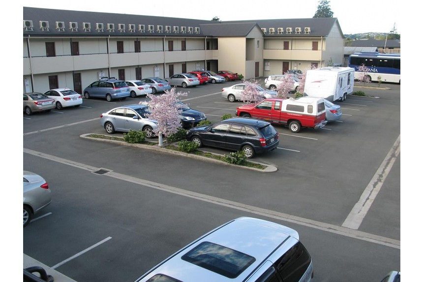 Saxton Lodge Motel - Property Photo