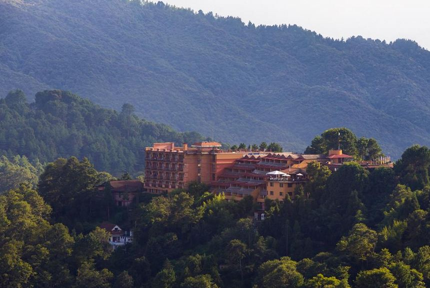 Club Himalaya by ACE Hotels Nagarkot - Property Photo