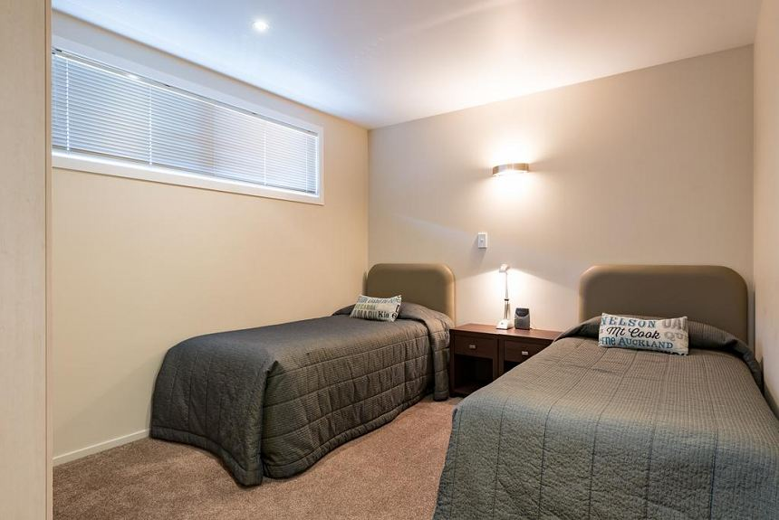 Edgewater Palms Apartments - Property Photo