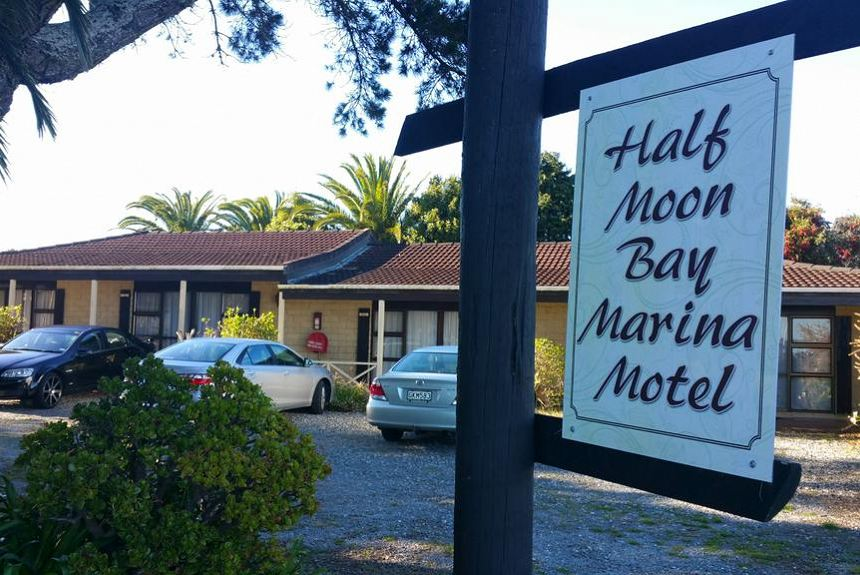 Half Moon Bay Motel - Property Photo