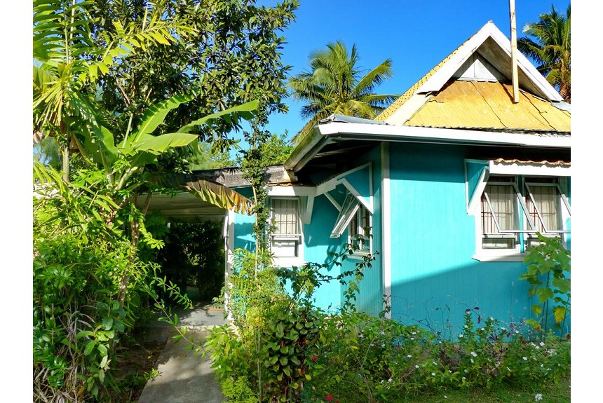 The Friendly Islander - Property Photo