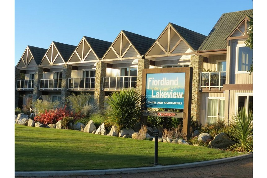 Fiordland Lakeview Motel and Apartments - Property Photo