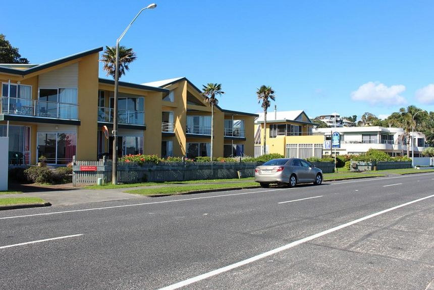 Bucklands Beach Waterfront Motel - Property Photo