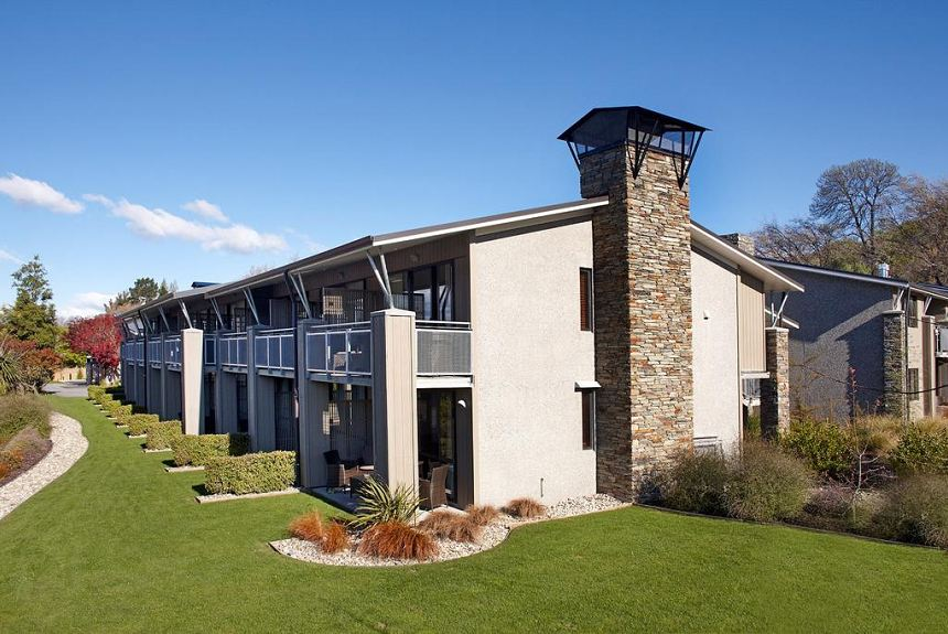 Ramada Resort by Wyndham Wanaka - Property Photo