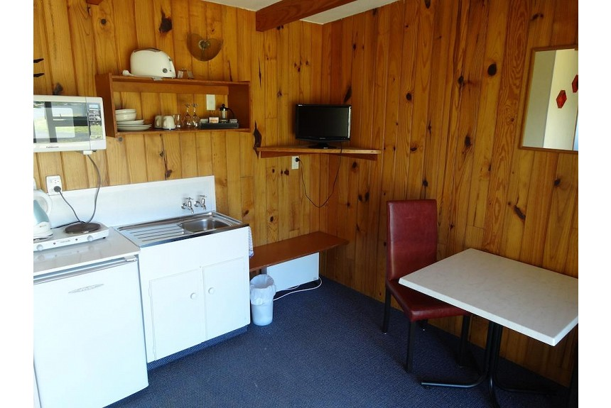Ninety Mile Beach Holiday Park - Property Photo