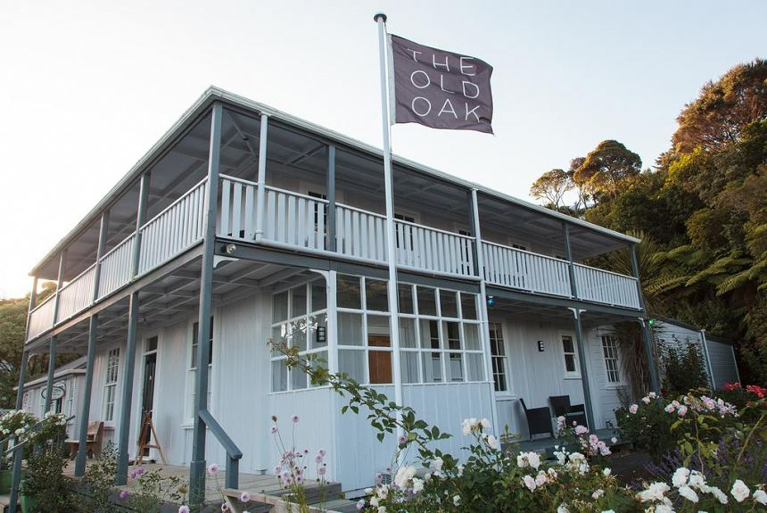 The Old Oak Boutique Hotel - Property Photo