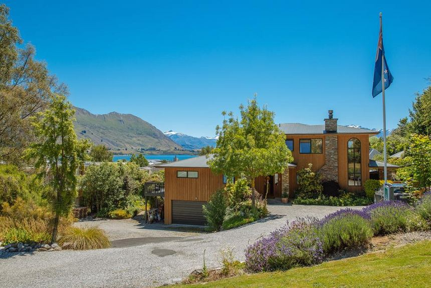Wanaka Springs Lodge - Property Photo
