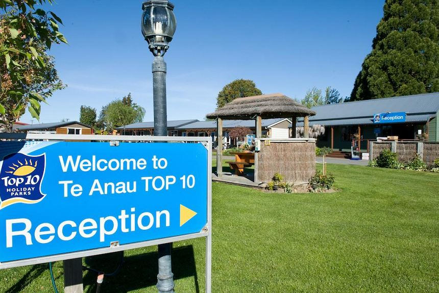 Te Anau TOP 10 Holiday Park - Property Photo