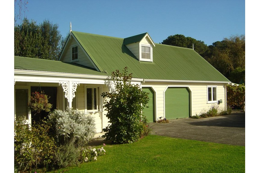 Allambee Cottages - Property Photo