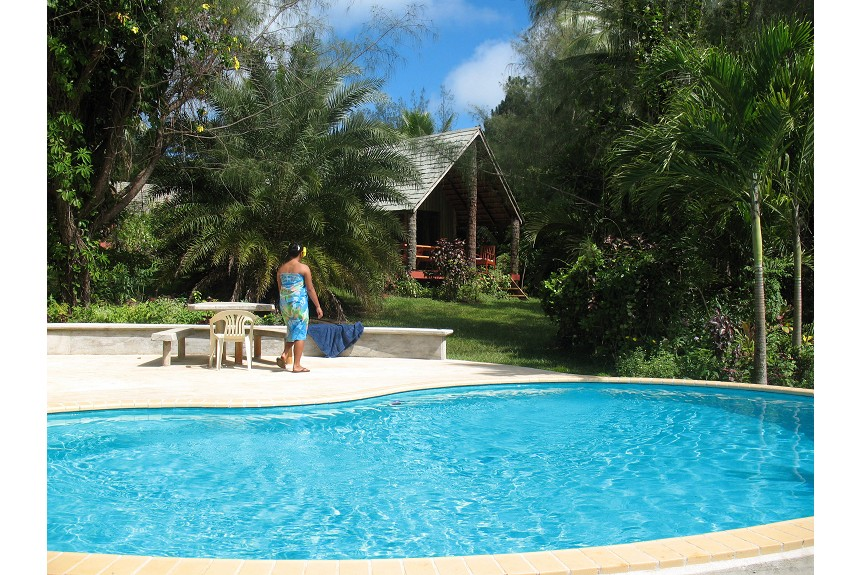 Atiu Villas - Garden Pool