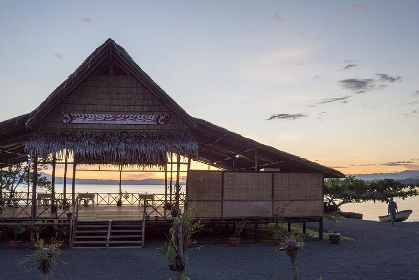 Alotau Waterfront Lodge - Property Photo